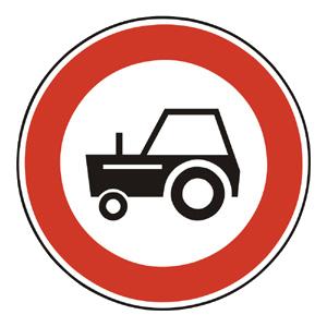 B9: Zákaz vjazdu traktorov